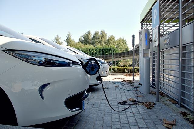 Adopter les véhicules électriques : les bons à savoir sur les recharges