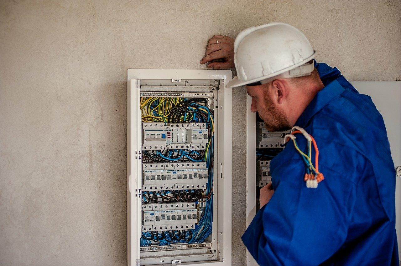 Electricien qualifié et professionnel