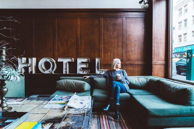 Reconnaitre un bon hôtel pour y séjourner.