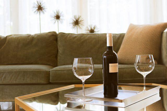 Un canapé Muuto est un style de canapé qui a tendance à avoir l'air très décontracté